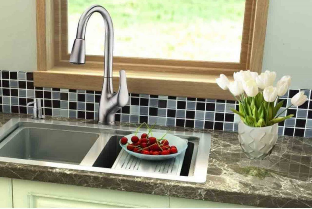 Kitchen Faucet Reviews | Best Review & Buying Guide 2019