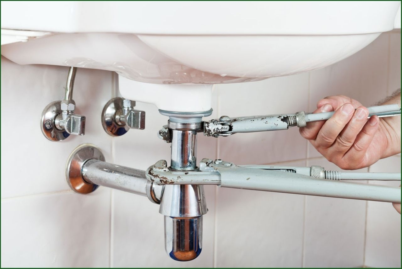 How to connect two faucet supply lines together